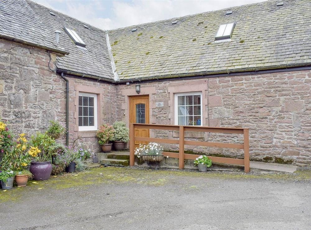 loch lomond farm cottages the stables balfron station near stirling lanarkshire appealing holiday home